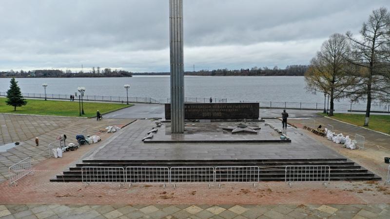 К 75-летию Победы в Рыбинске привели в порядок мемориал «Огонь Славы»