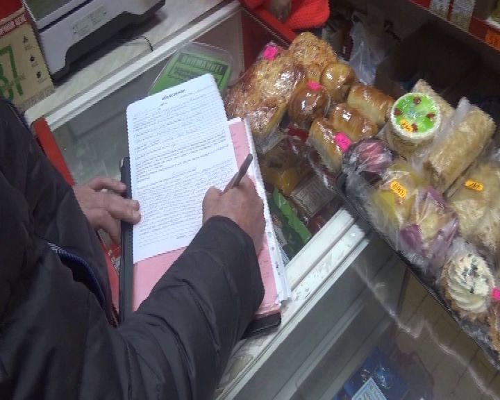 В Ростове в одном из магазинов нелегально продавали алкоголь
