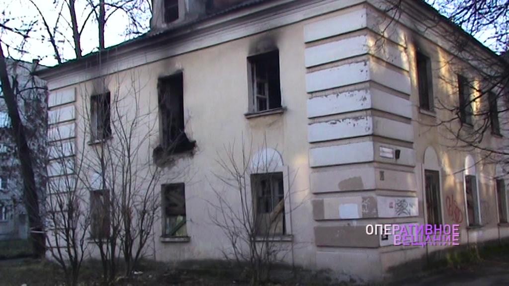 Упал на пол – пополз на крики: ярославский полицейский спас несколько человек из огня