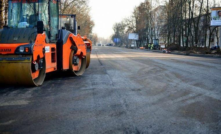 Власти решают вопрос, как дальше ремонтировать Тутаевское шоссе и стоит ли перекрывать дорогу