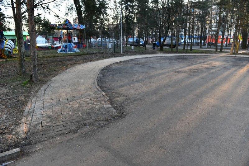 Парк открыли, а недочеты остались: когда парк 30-летия Победы приобретет нормальный вид