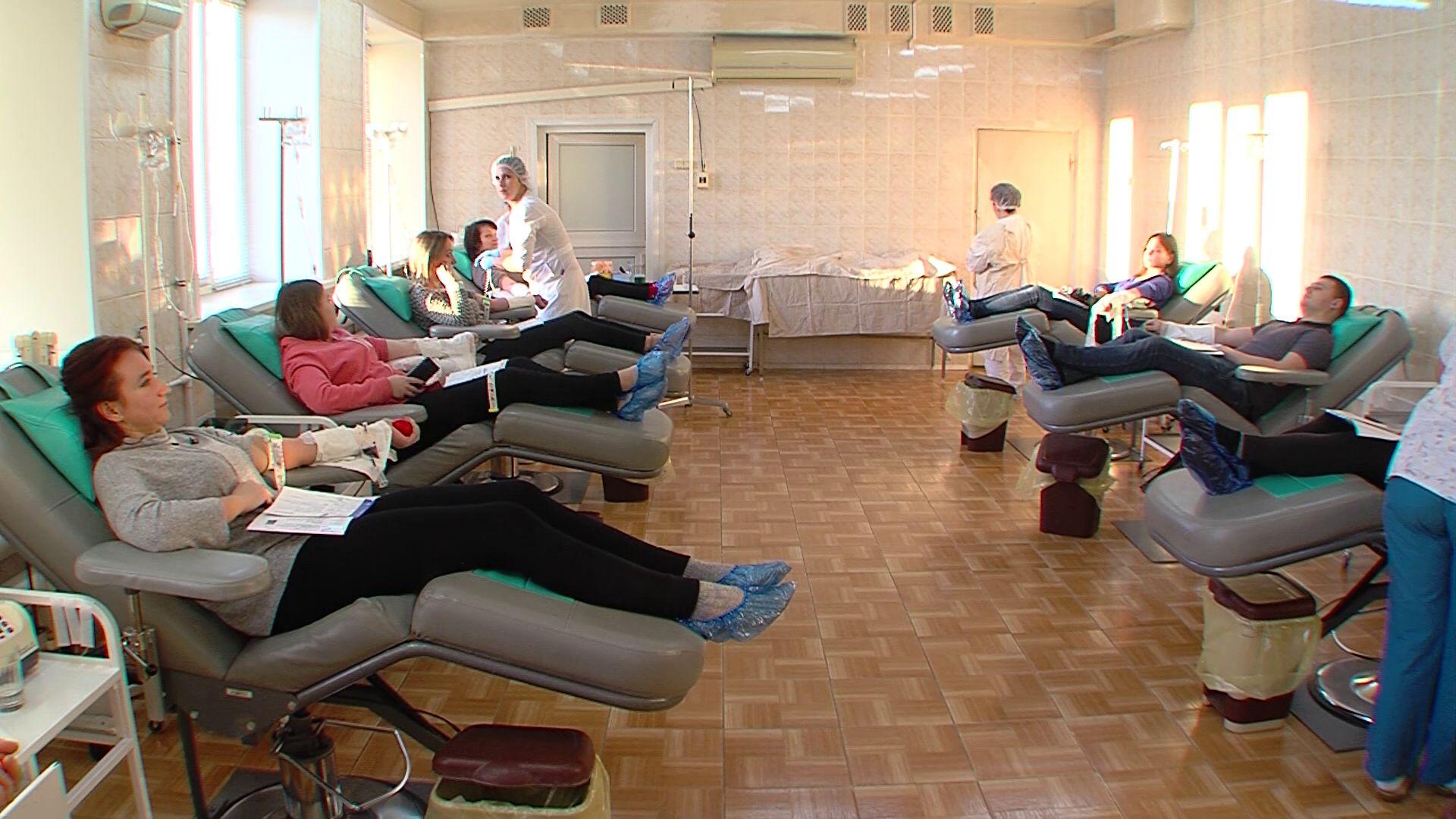 На Ярославскую областную станцию переливания крови ежегодно приходят 19 тысяч человек