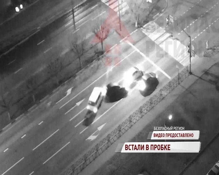 Проспект Фрунзе встал из-за нескольких аварий