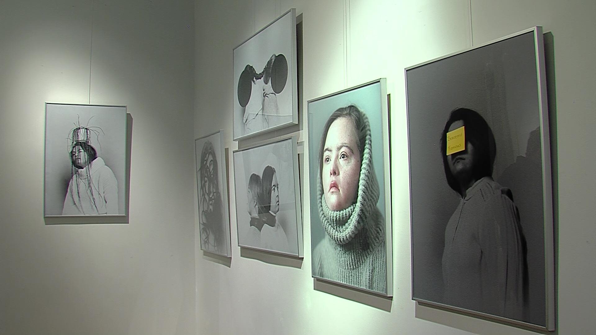 На международном форуме в Петербурге открылась фотовыставка «Я здесь живу»