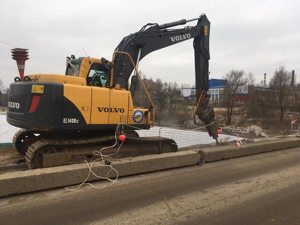 В Большом Селе ремонтируют мост через Юхоть по поручению Дмитрия Миронова