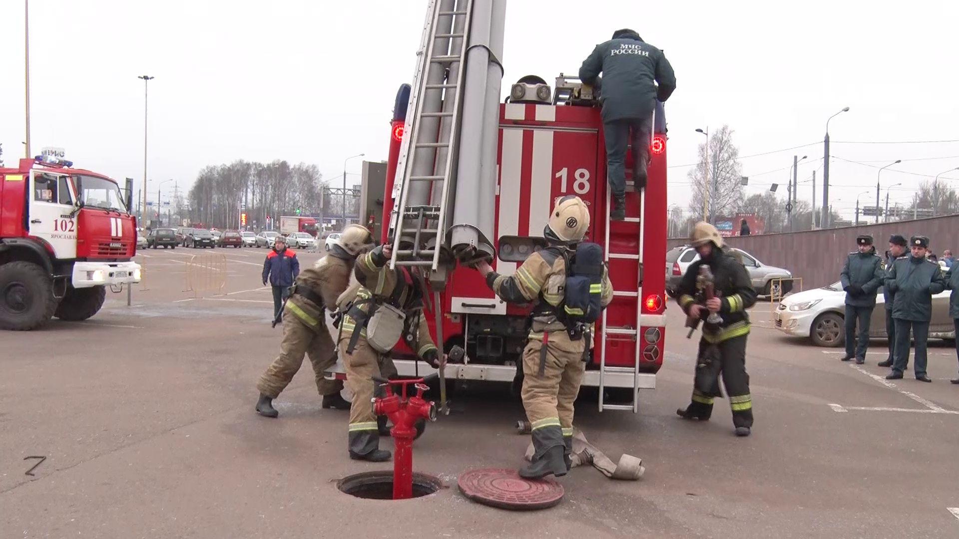 В Ярославле эвакуировали торговый центр: в чем причина?