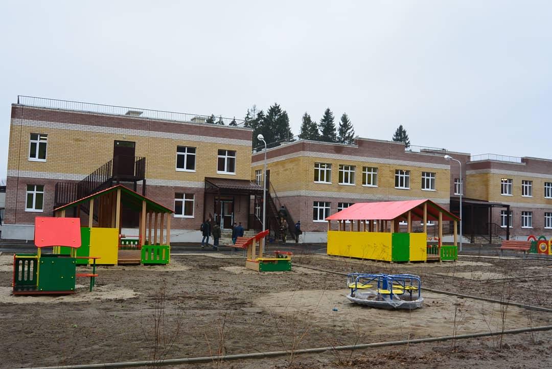 Дмитрий Миронов сообщил о завершении строительства детского сада в Михайловском