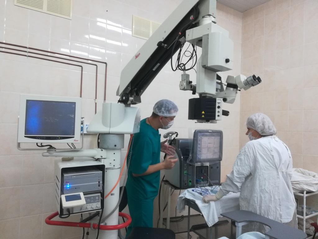 В Ярославле начали проводить самые сложные операции на глаза