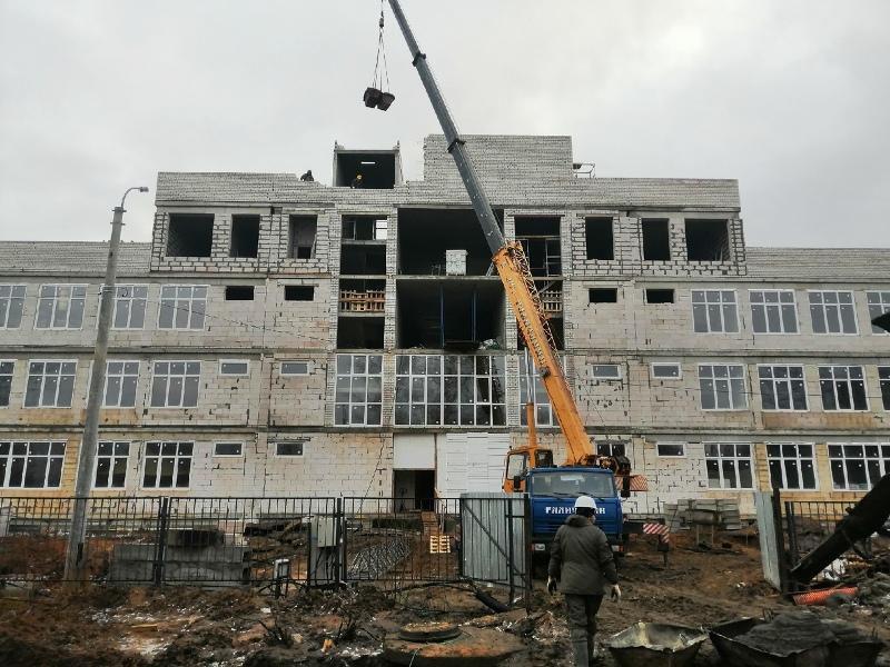 С января в строящейся школе в Рыбинске перейдут к внутренней отделке