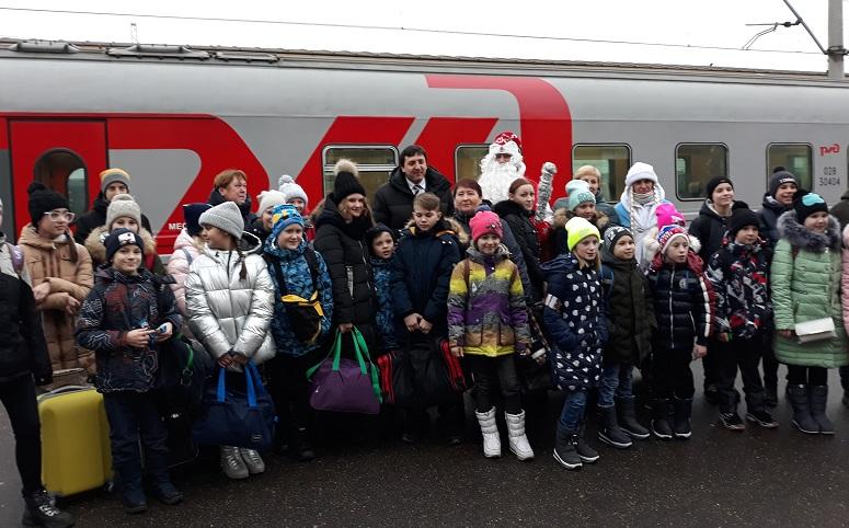 Юные ярославцы отправились в Москву на кремлевскую елку