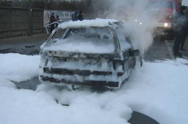 В ДТП в Ростовском районе двое мужчин заживо сгорели