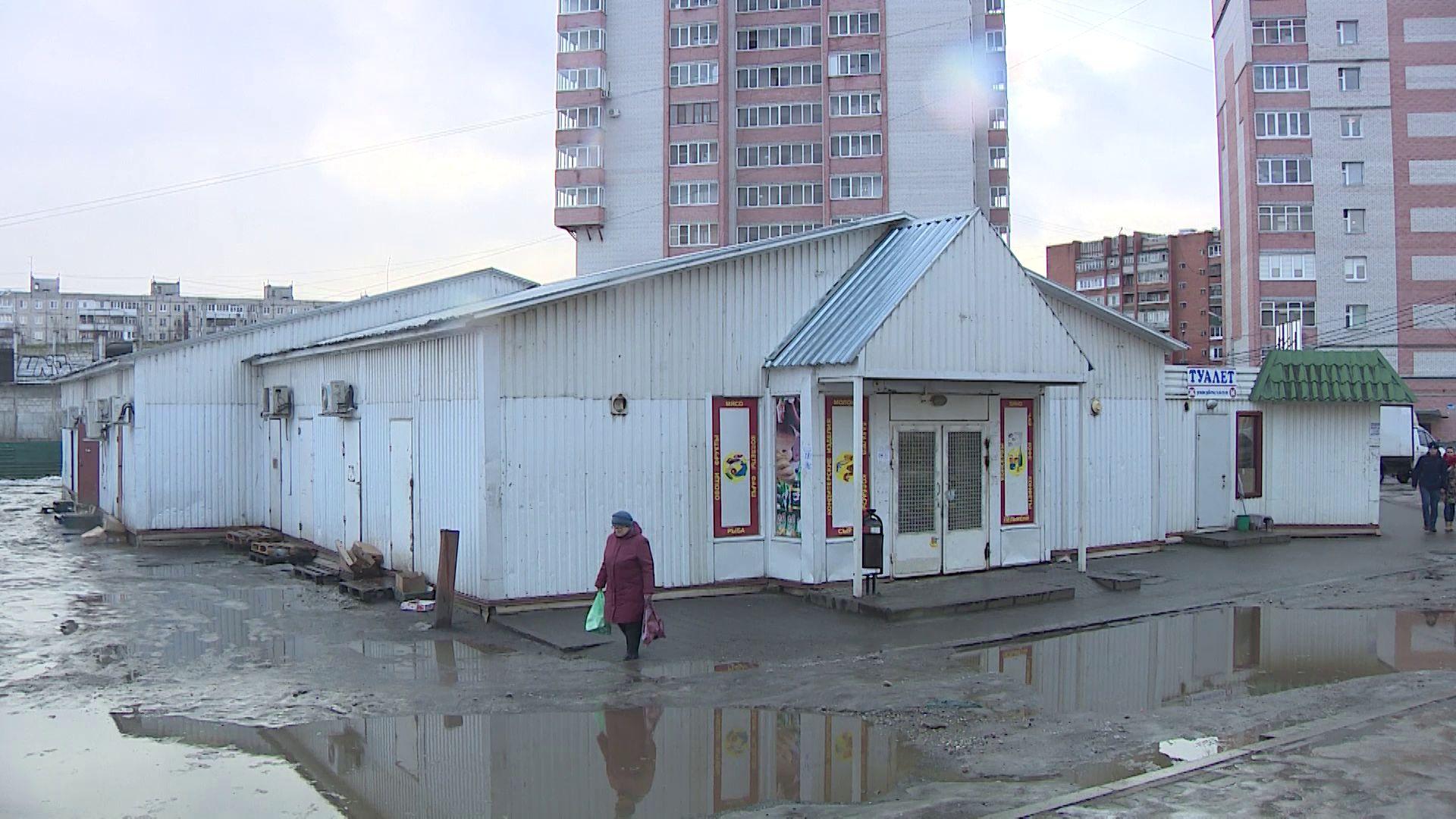 Воровали мясо, табак и деньги: в Ярославле судят банду ларечных налетчиков