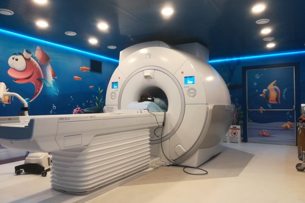 В областной детской больнице поставили новый томограф