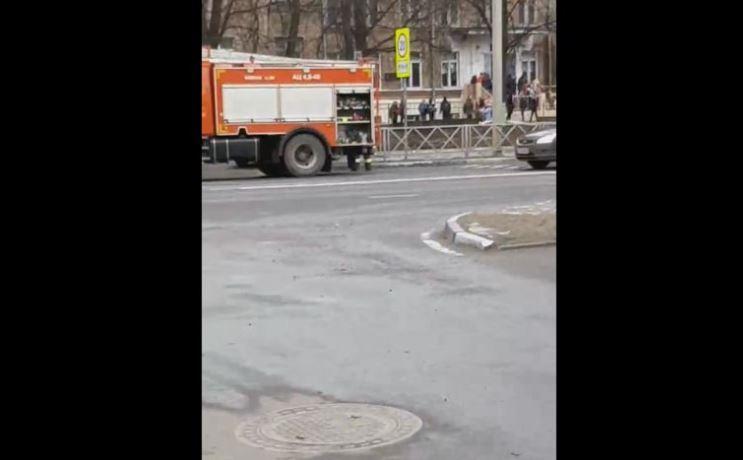 В Ярославле эвакуировали учеников школы из-за дыма