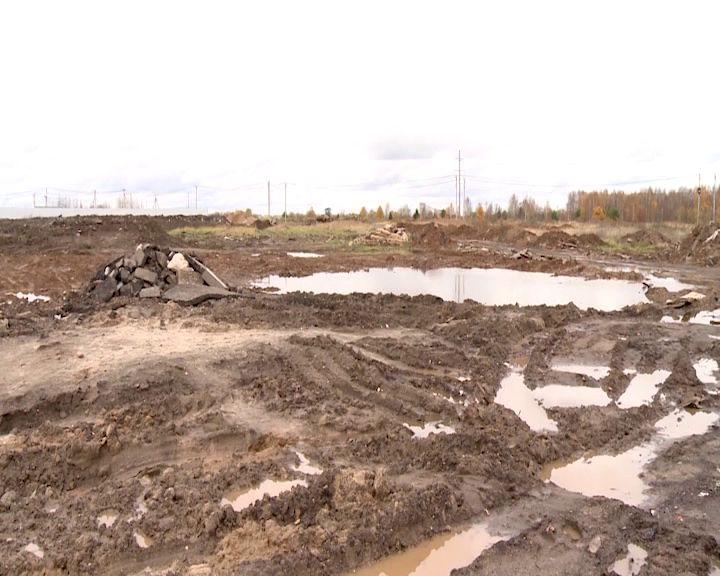 Подрядчика, который строит новый сектор на Осташинском кладбище, ждут штрафы