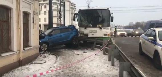 Стала известна информация о пострадавших в смертельном ДТП в Ярославле