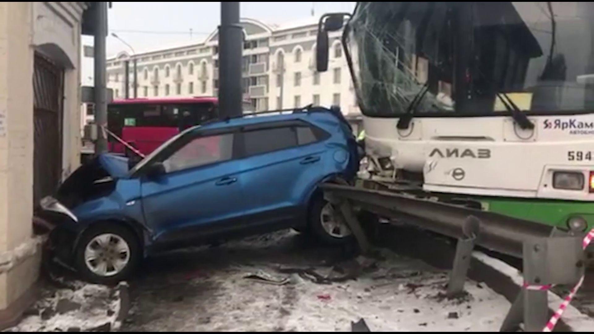 Стало известно о состоянии пострадавших в серьезной аварии на Московском проспекте
