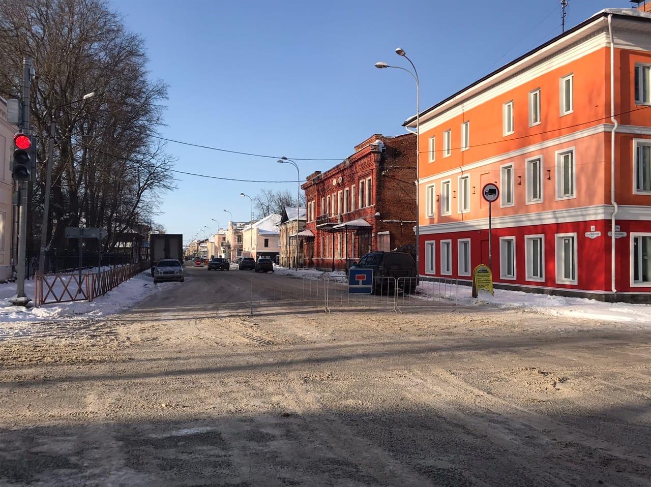 В Рыбинске начали монтировать дополнительные ливневки