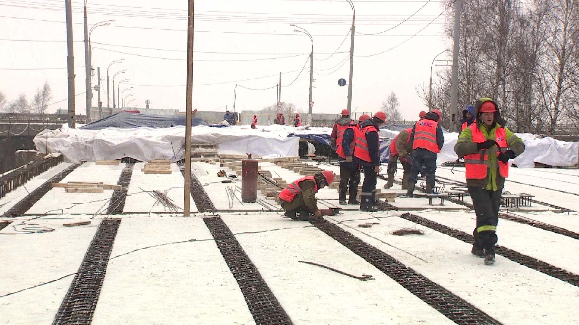 Сквозное движение на Добрынинском мосту планируют запустить уже в конце апреля