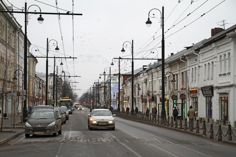 В Рыбинске центральную улицу города освободили от проводов
