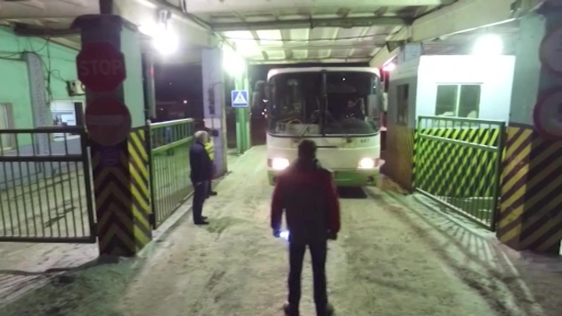 Работали по 15 часов: прокуратура проверила ПАТП, которому принадлежали попавшие в ДТП на Московском проспекте автобусы