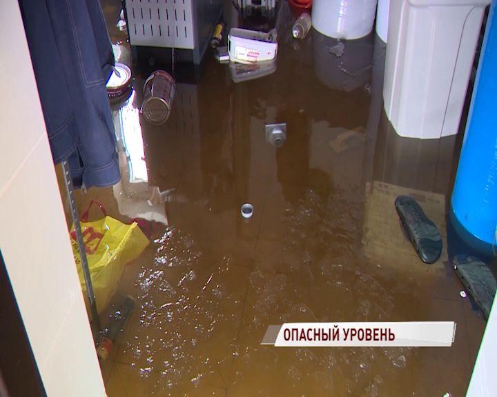 МЧС: В Ярославле уровень воды приближается к критической отметке
