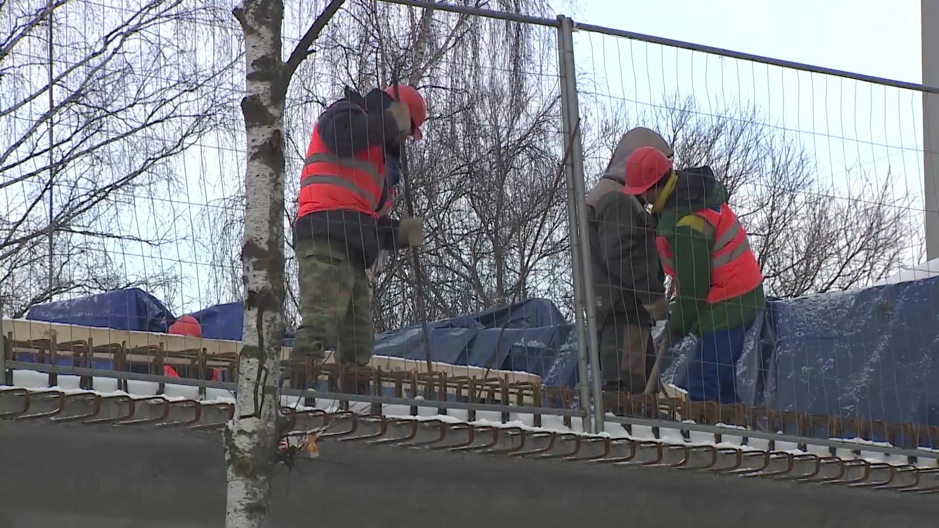 Ночной ремонт на Добрынинском мосту снова не дает спать ярославцам