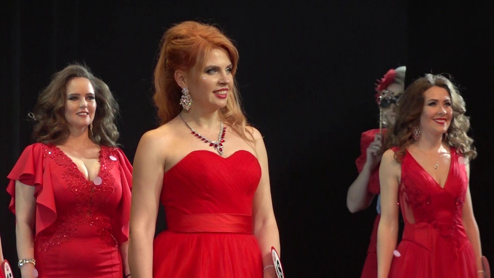 Королева танца и сногсшибательное дефиле: в Ярославле прошел конкурс красоты среди мам