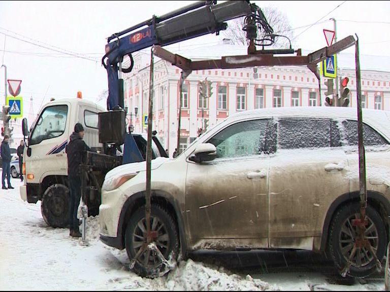 Сотрудники ГИБДД продолжают упорную борьбу с нерадивыми автолюбителями