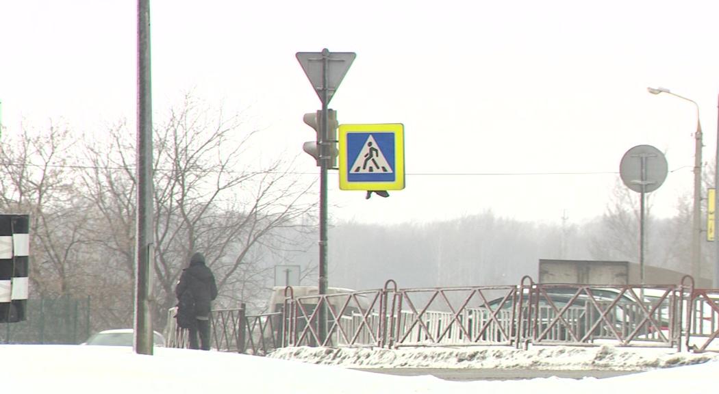 Короткий путь против безопасного: городские власти закрыли еще один пешеходный переход на Московском проспекте