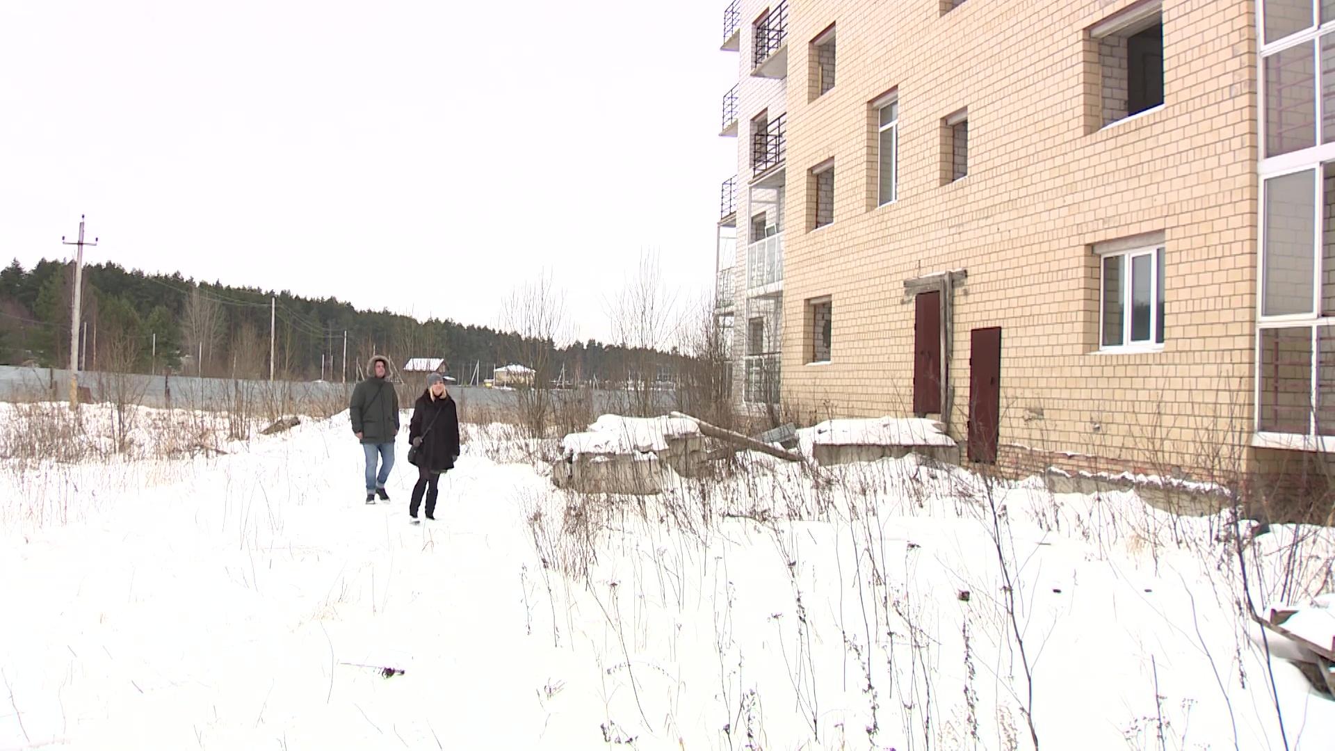 Дольщики самого старого долгостроя в поселке Красный Бор получат выплаты