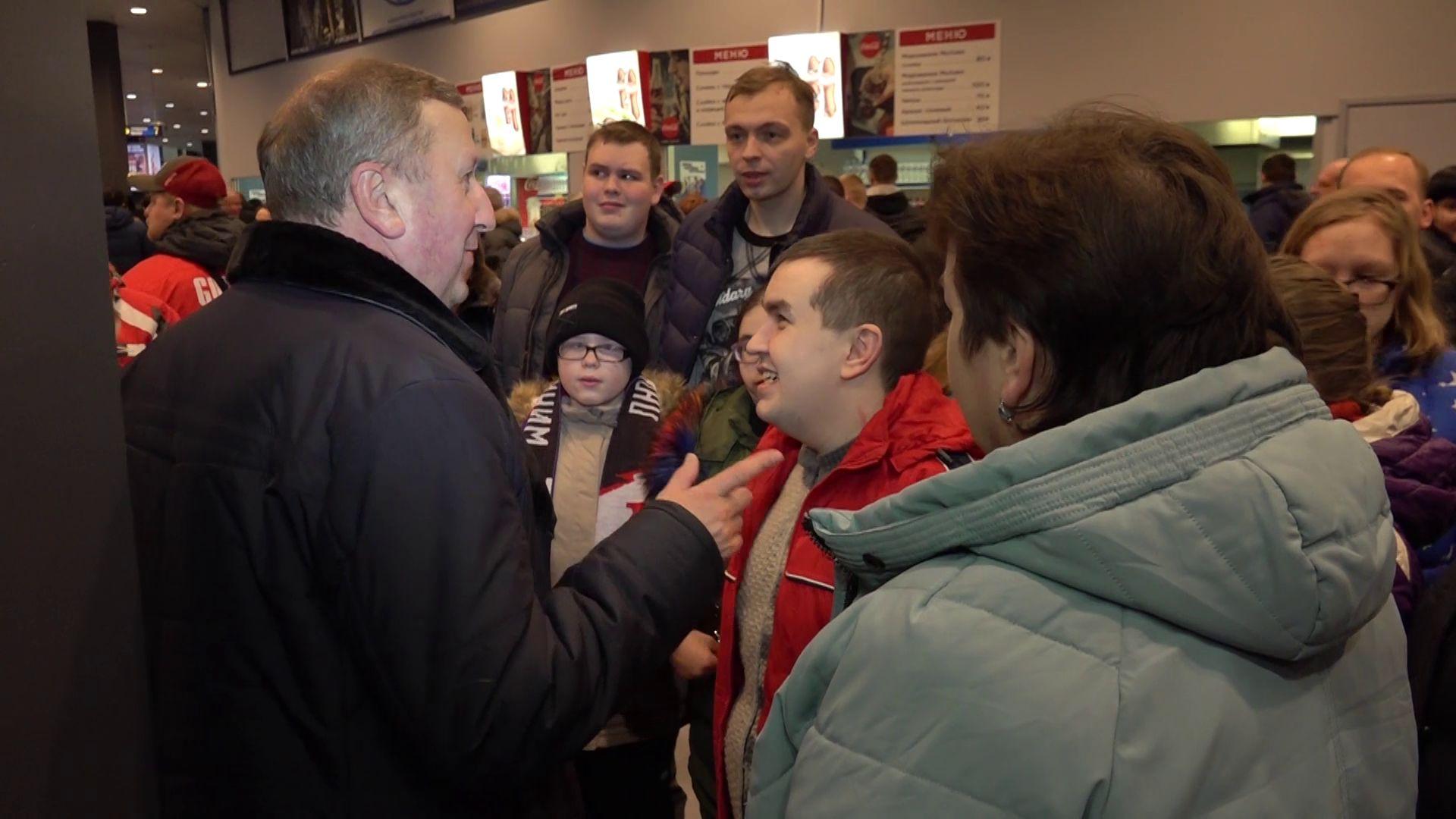 Особенные болельщики поддержали «Локомотив» в последнем матче