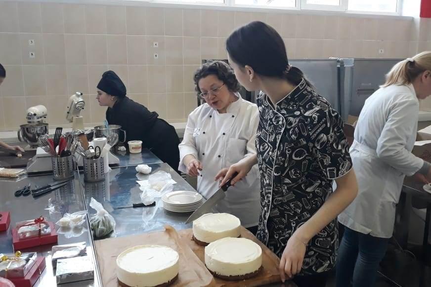 В Ярославском колледже студенты открыли кафе, где смогут отточить свои навыки
