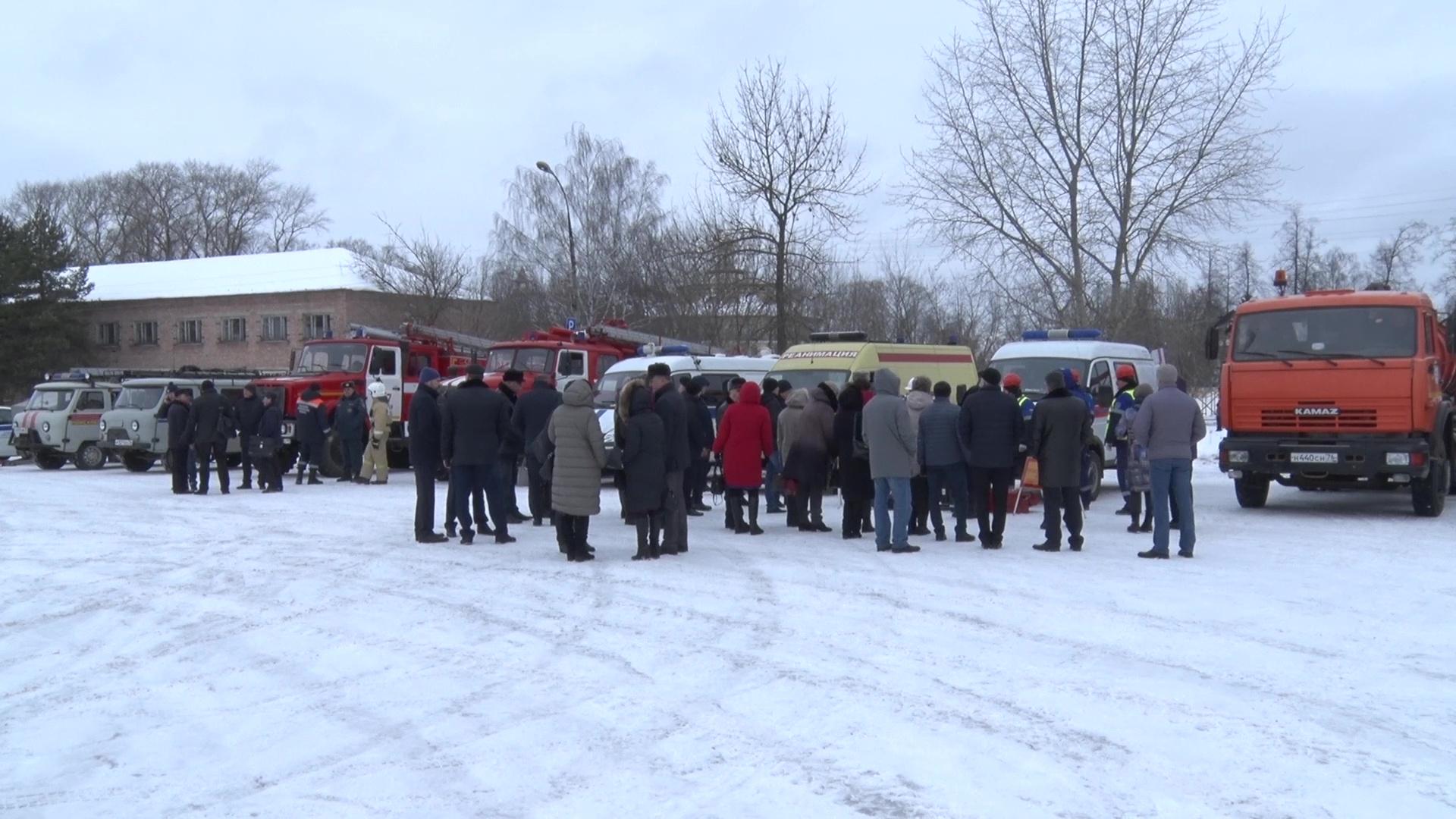 В Ростовском районе прошли учебные сборы по вопросам ликвидации и предупреждения ЧС