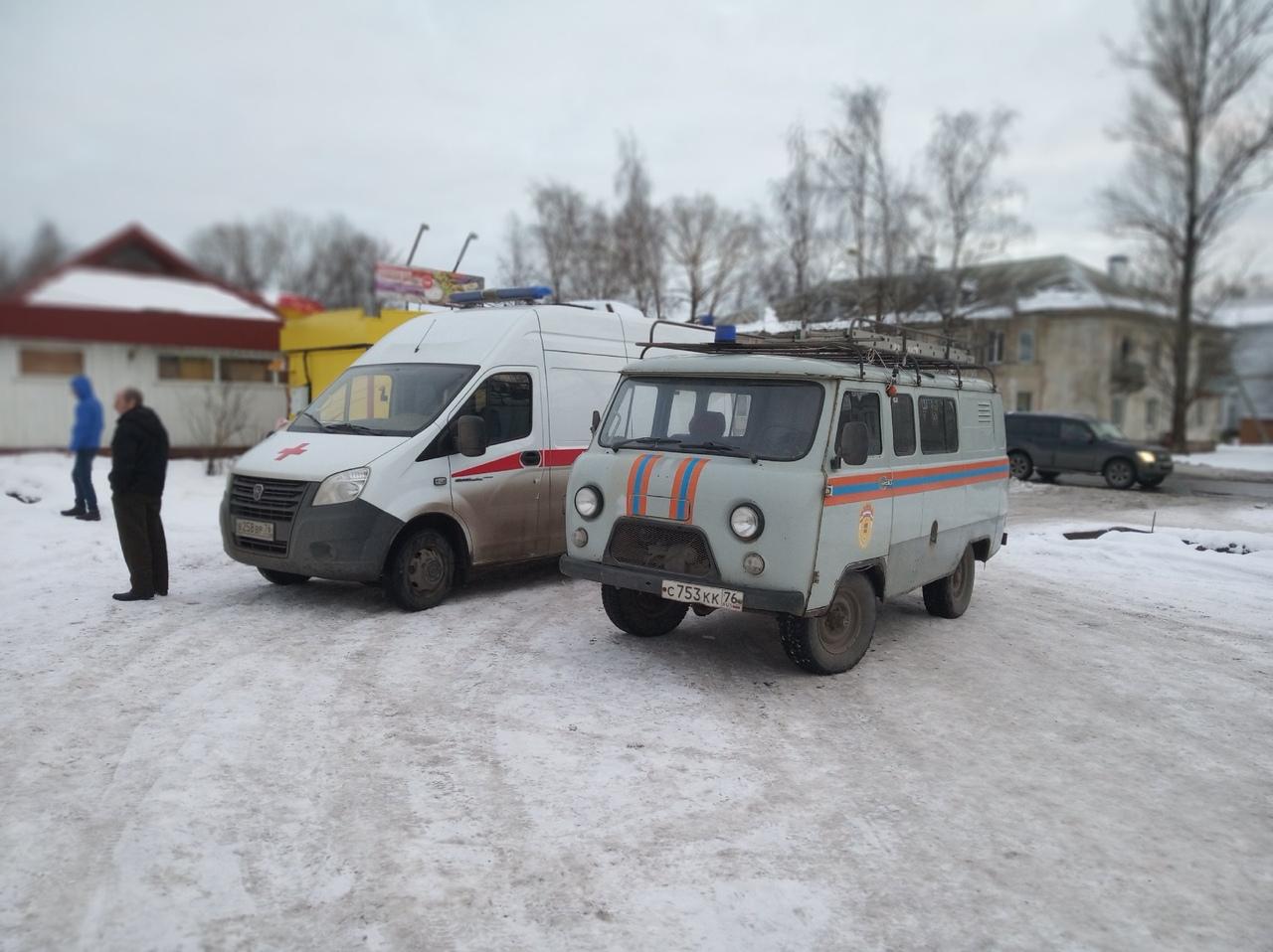 В Рыбинске восьмилетняя девочка упала в открытый колодец