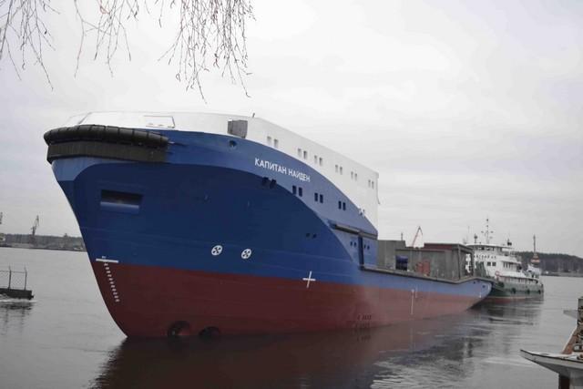 Два буксира Ярославского судостроительного завода переданы Черноморскому флоту