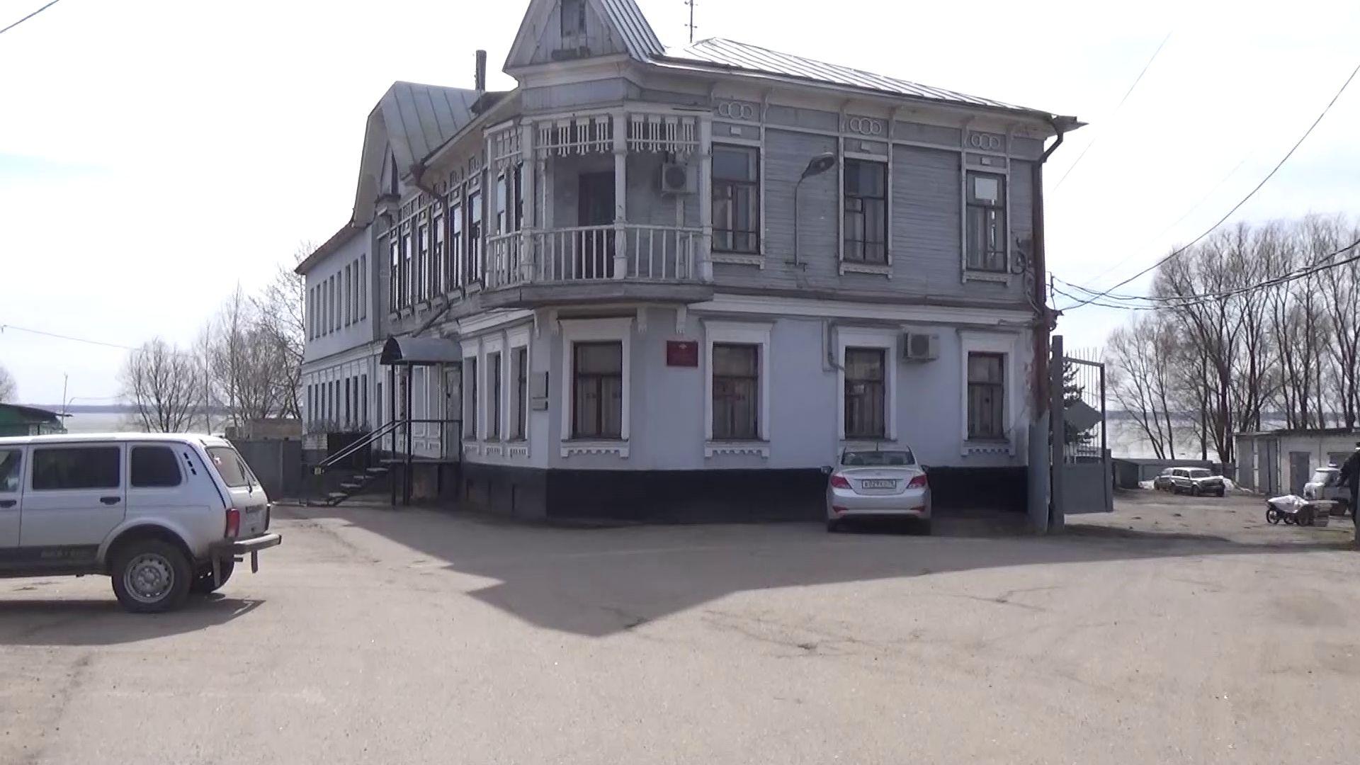 В Ростове мужчина украл 150 тысяч рублей из чужой квартиры