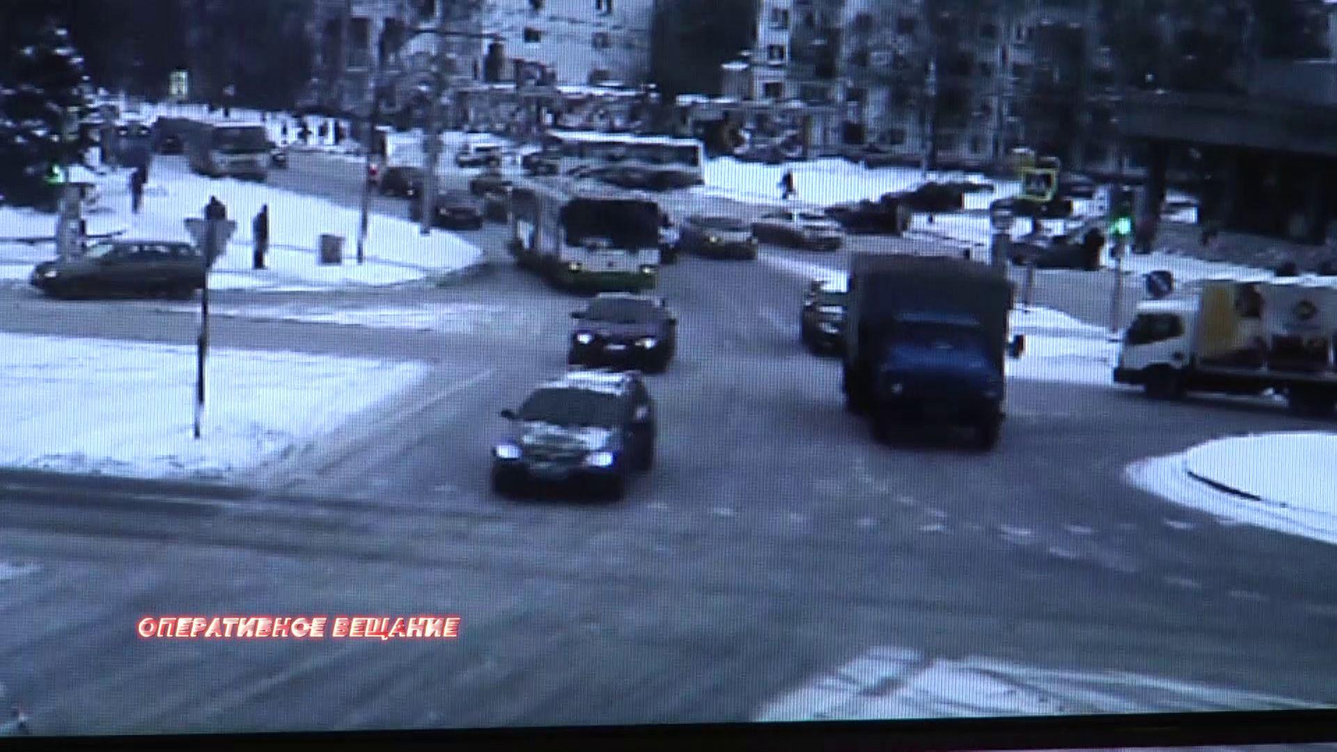 В Ярославле задержали мошенников, инсценировавших ДТП