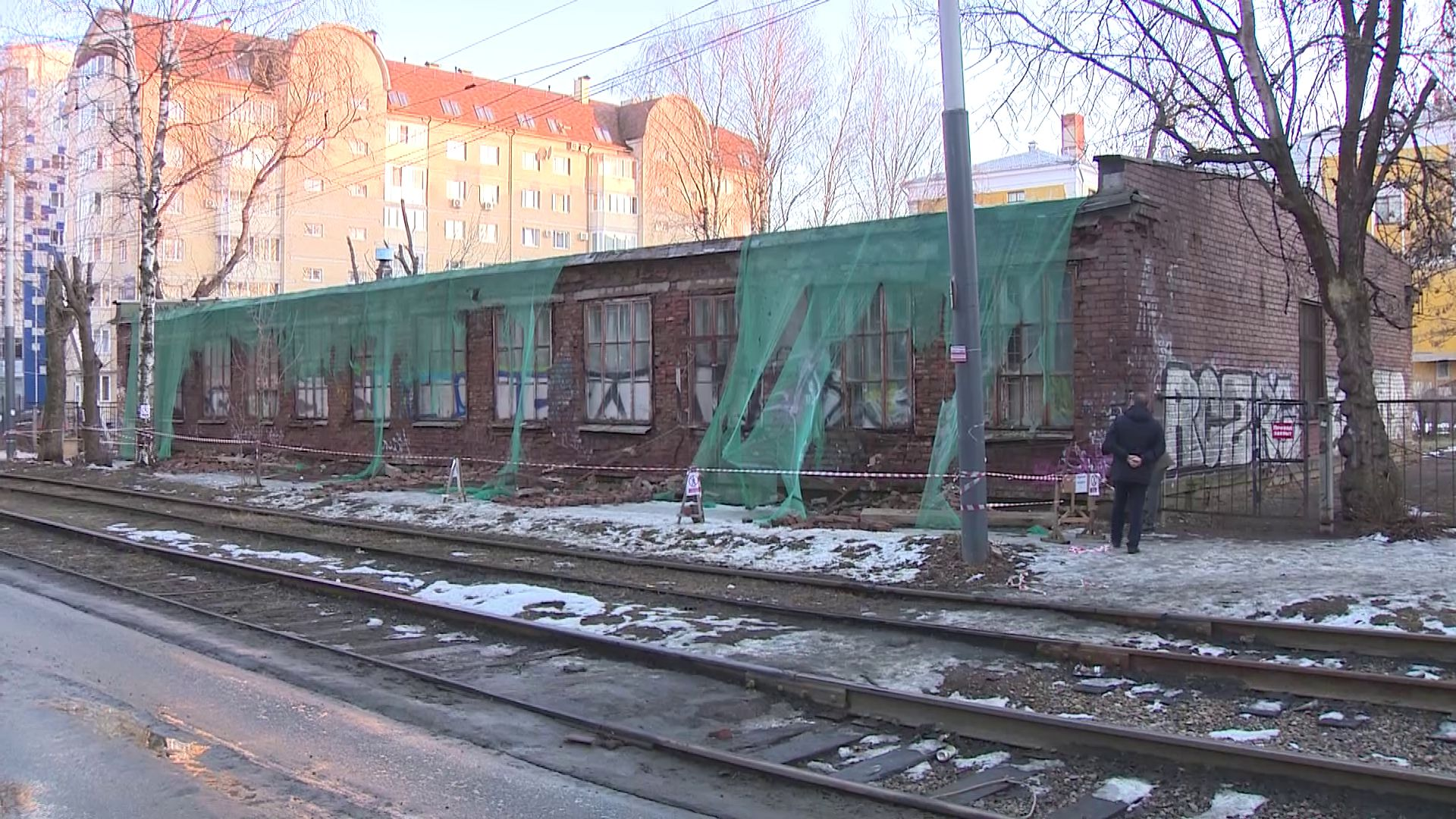 В ярославской школе рухнула стена пристройки