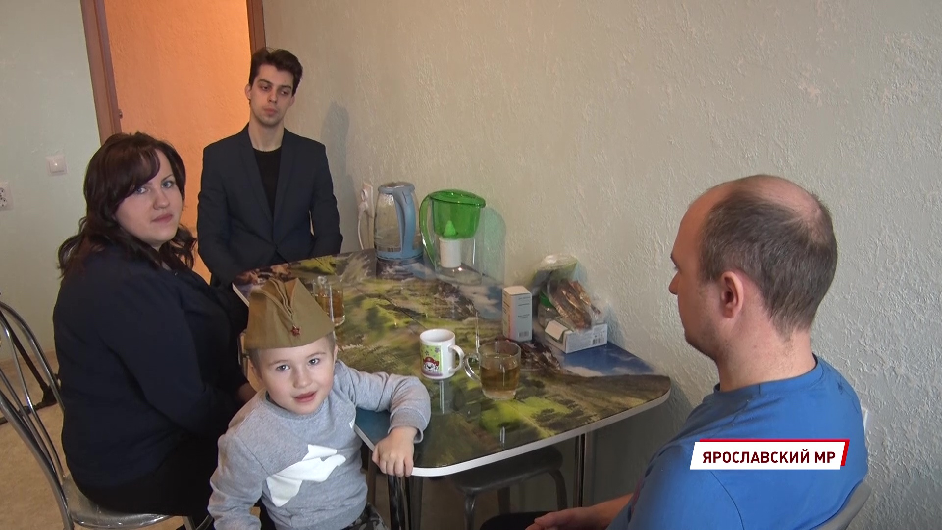 Ярославна, оставшаяся в детстве без попечения родителей, получила долгожданную квартиру
