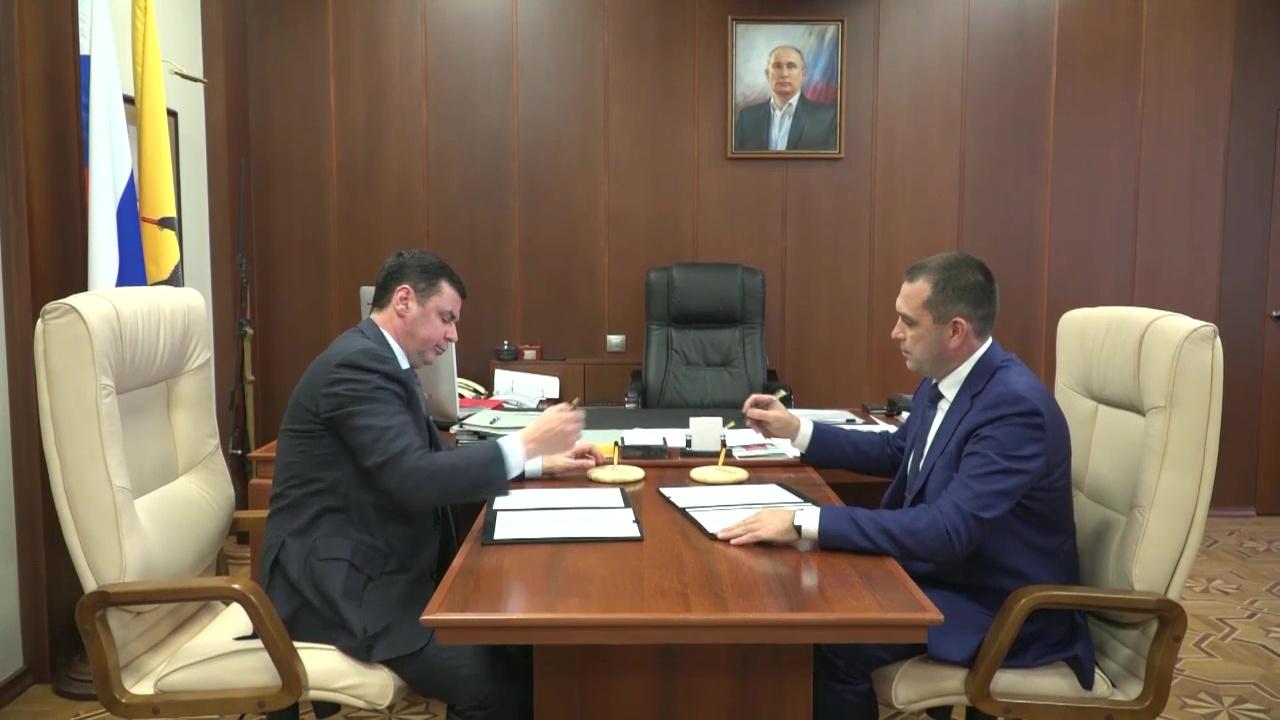 Дмитрий Миронов подписал соглашение о сотрудничестве с гендиректором «Славнефть-ЯНОС»