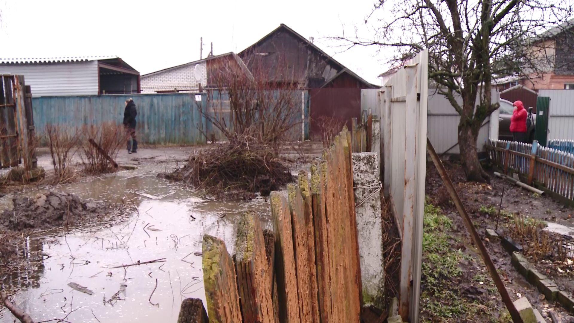 Дом ярославны-ветерана вновь затопило: как будут решать проблему