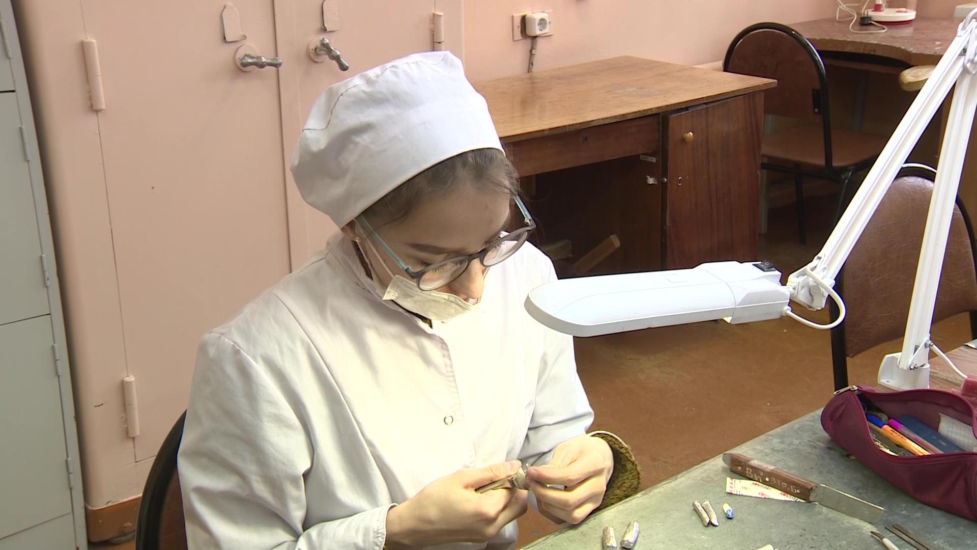 Ярославские школьники отправились в медколледж, чтобы решить, хотят ли они быть врачами