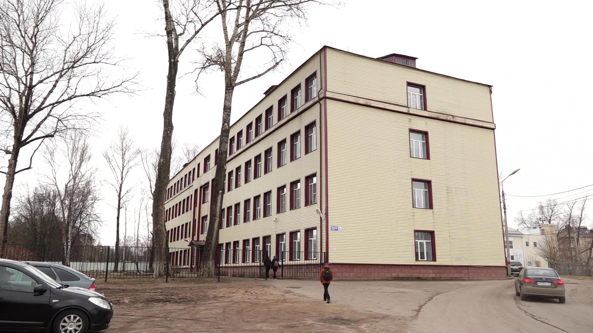 Кадеты ярославской школы поддержали Валентину Терешкову