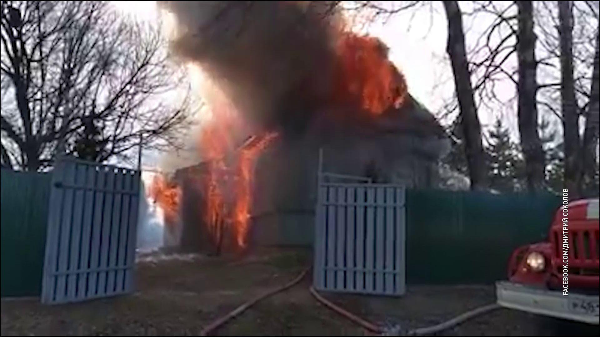 В Гаврилов-Ямском районе из-за пала травы сгорел жилой дом