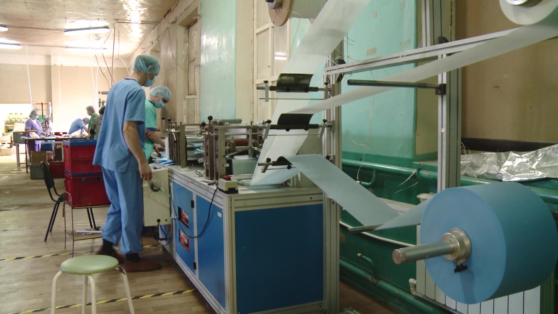 В Гаврилов-Ямском районе будут производить больше медицинских масок: все пойдут в аптеки региона