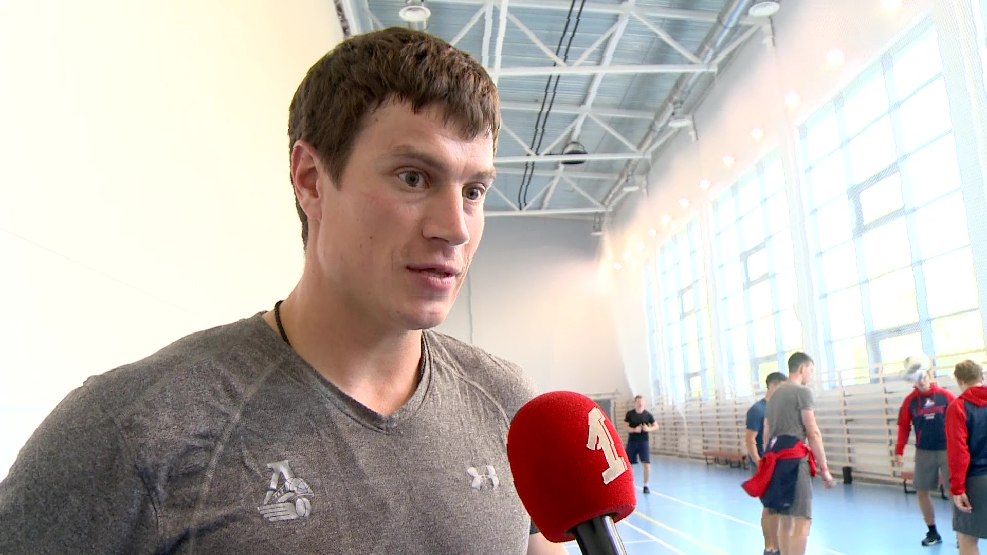 Защитник Роман Савченко продлил контракт с «Локомотивом»