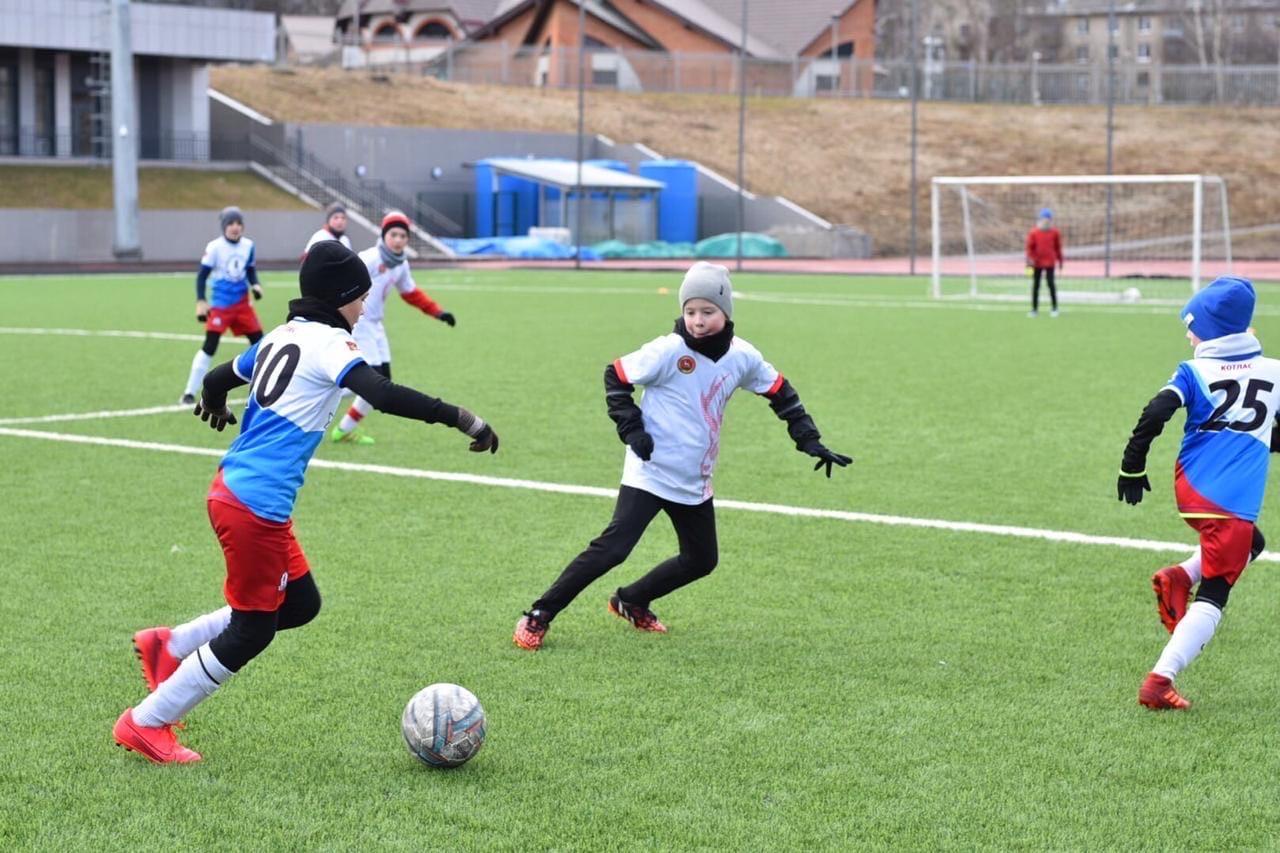 Ярославской спортшколе №13 присвоили статус детского футбольного центра