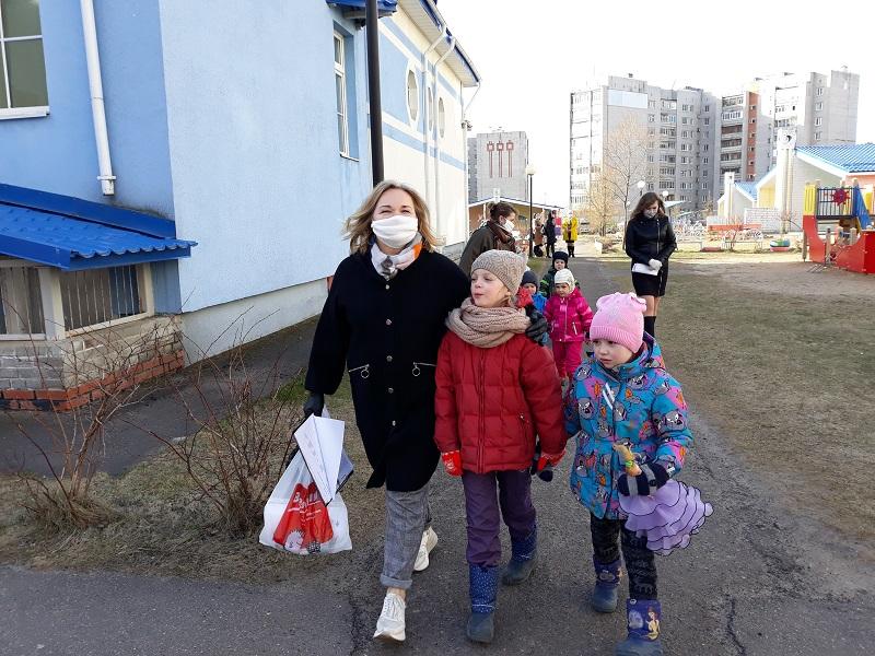 В регионе дежурные группы в детских садиках посещают более тысячи детей