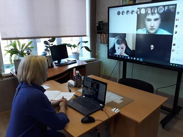 В Ярославской области школьники остаются на